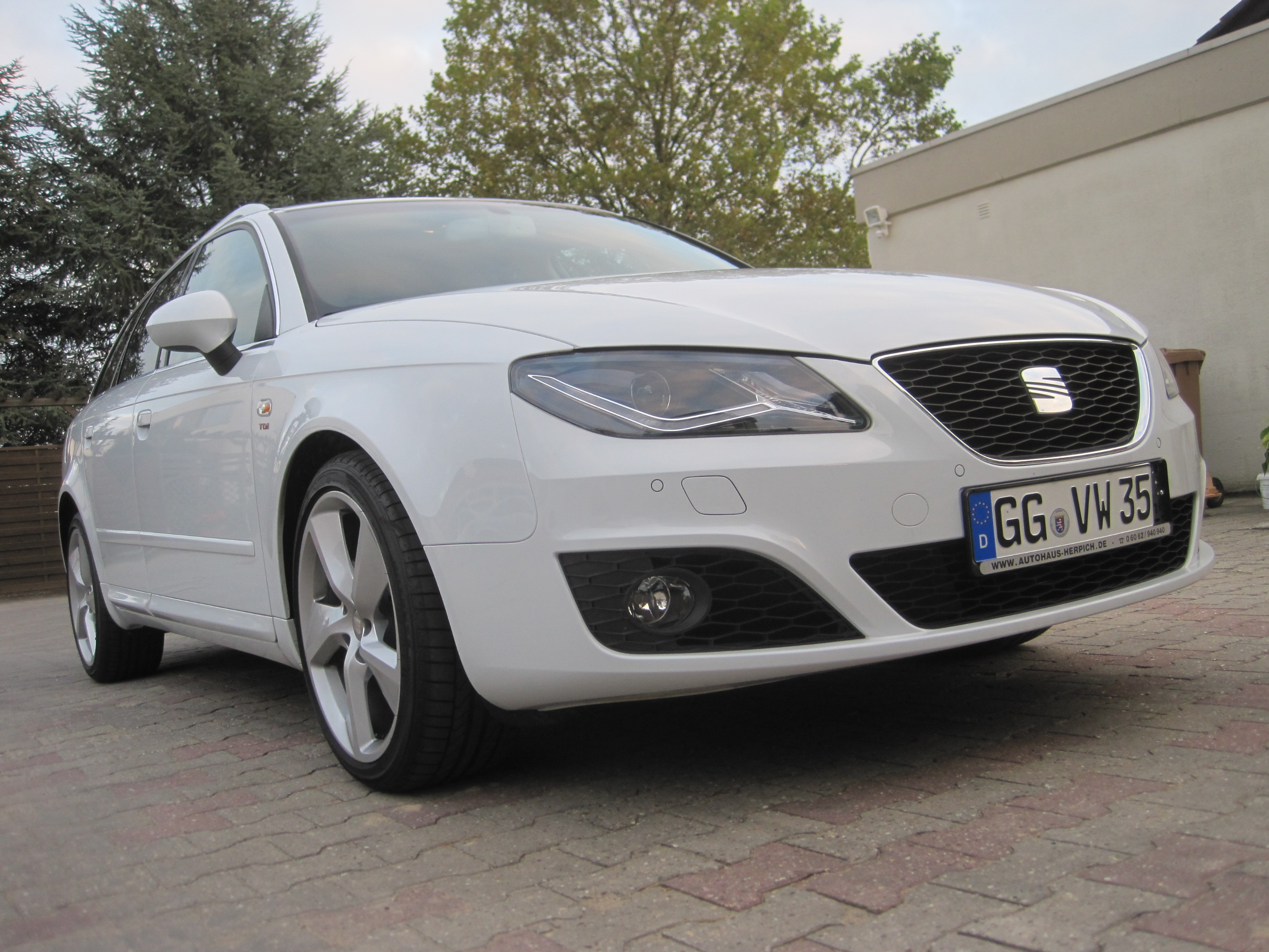seat exeo st sport 2 0 tdi facelift tuning projekt seat. Black Bedroom Furniture Sets. Home Design Ideas